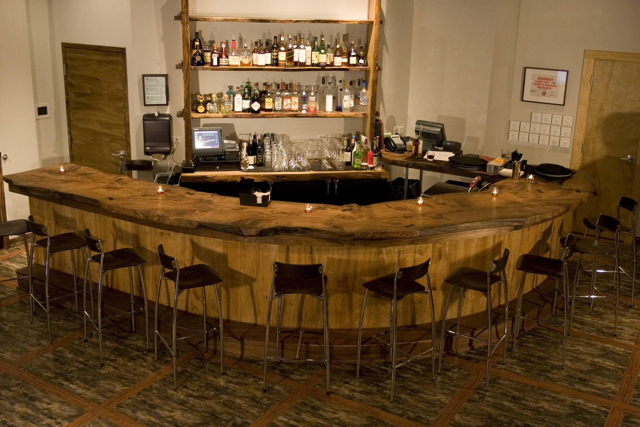 Radius Rustic Oak Slab Bar Countertop